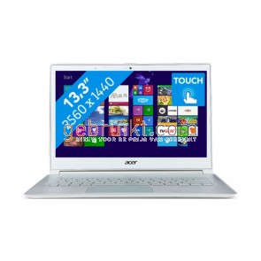 Acer Aspire ultrabook  S7-393 i7-5500U CPU  | 8 GB | 256gb SS GB touch